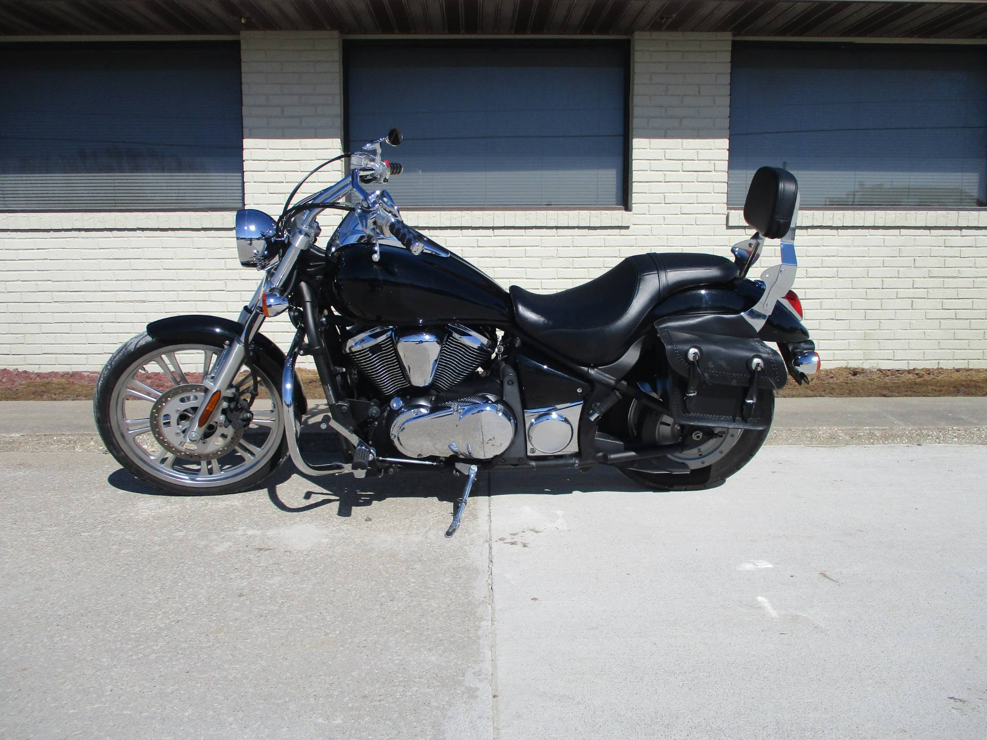 2008 Kawasaki VN900C8F in Winterset, Iowa - Photo 2