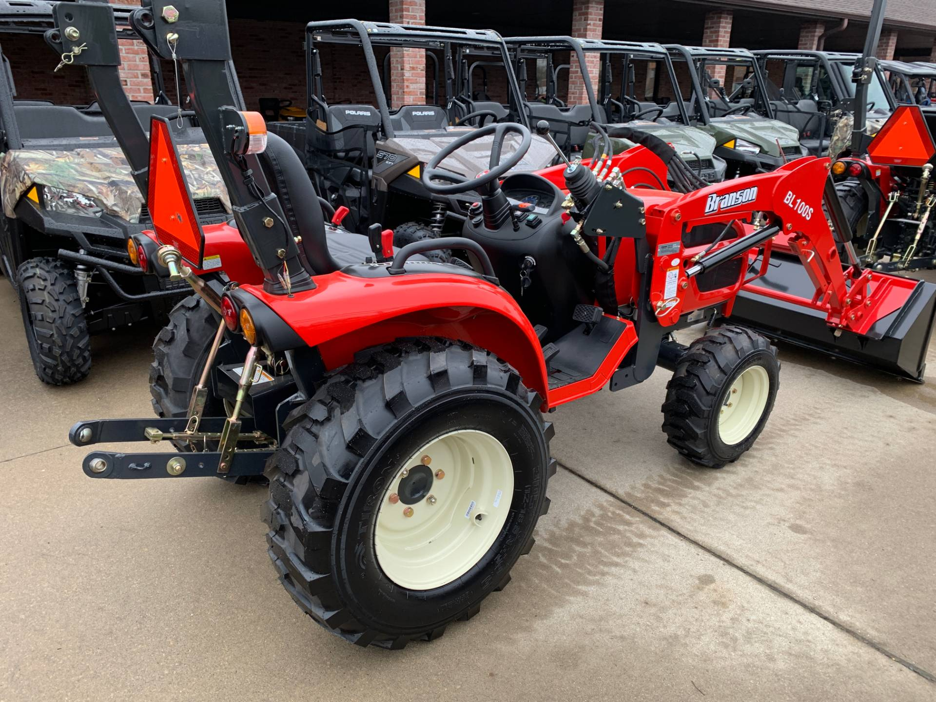 2019 Branson Tractors 2510HTL in Jackson, Missouri - Photo 5