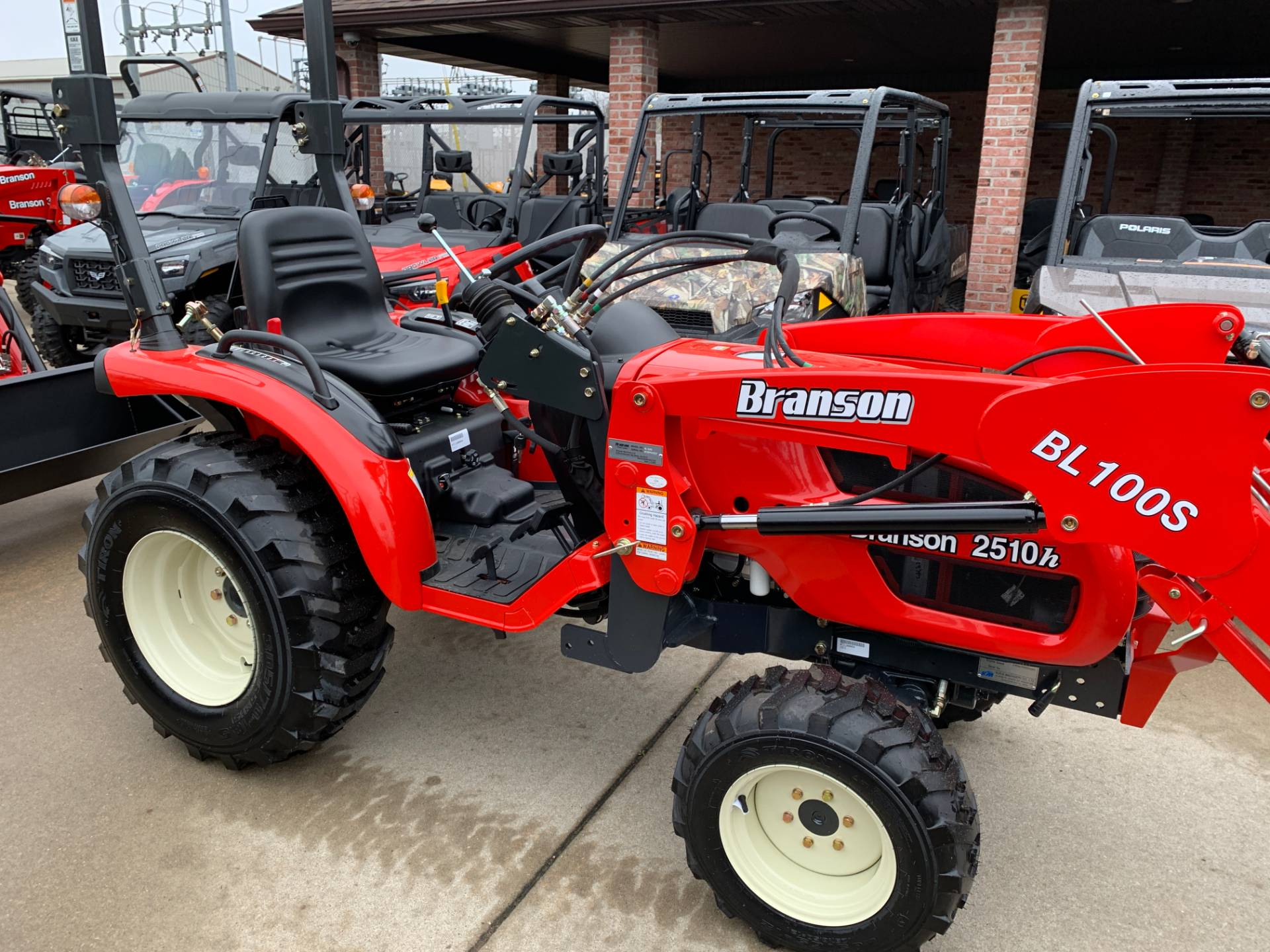 2019 Branson Tractors 2510HTL in Jackson, Missouri - Photo 6