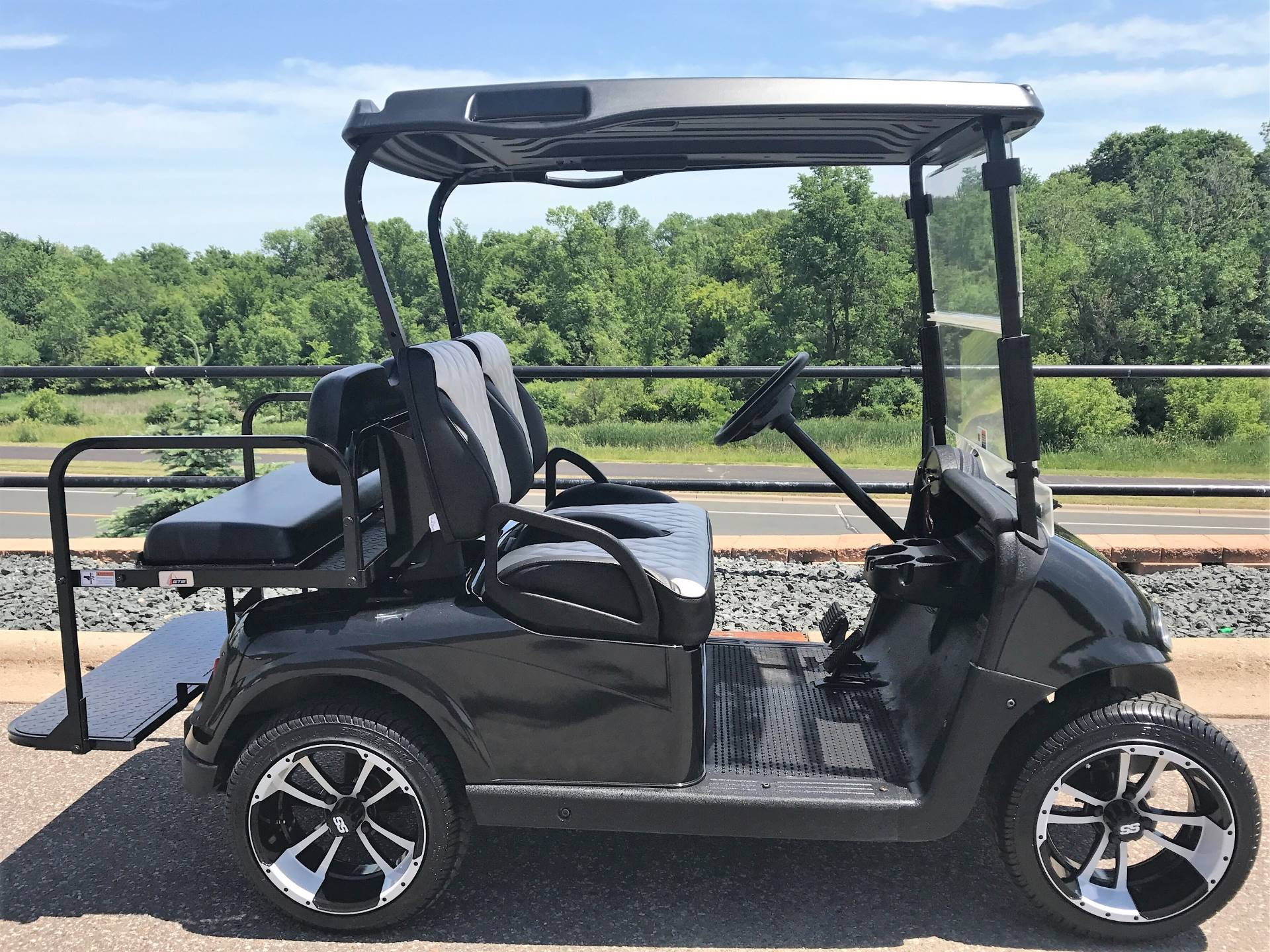 2014 E-Z-Go RXV Golf Carts Otsego Minnesota BTO5318558 on lincoln on a rail cart, 2013 ezgo txt, 2013 ezgo electric golf cart,