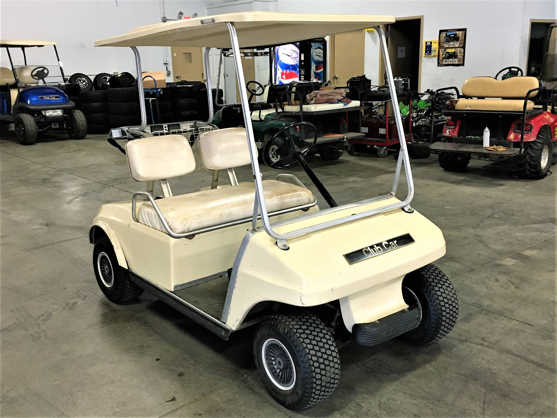 1982 Club Car DS in Rogers, Minnesota - Photo 2