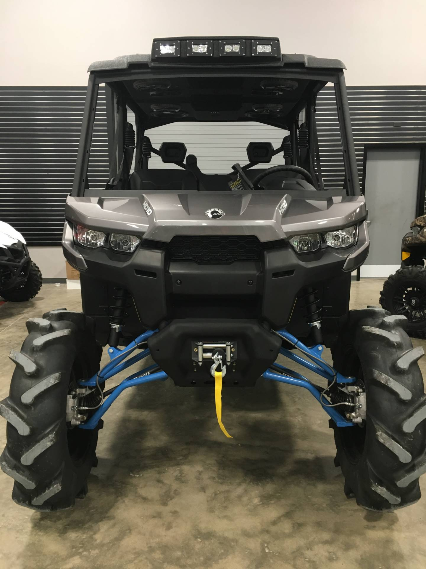 2017 Can-Am Defender MAX XT HD10 in Leland, Mississippi