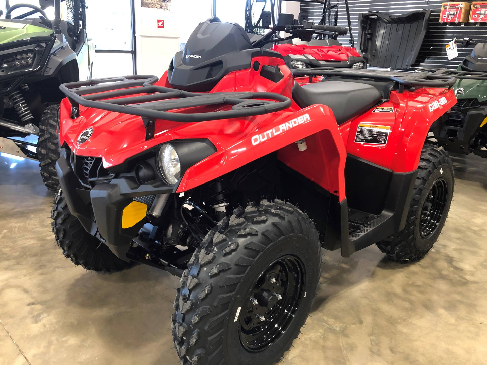 2021 Can-Am Outlander 570 in Leland, Mississippi - Photo 2