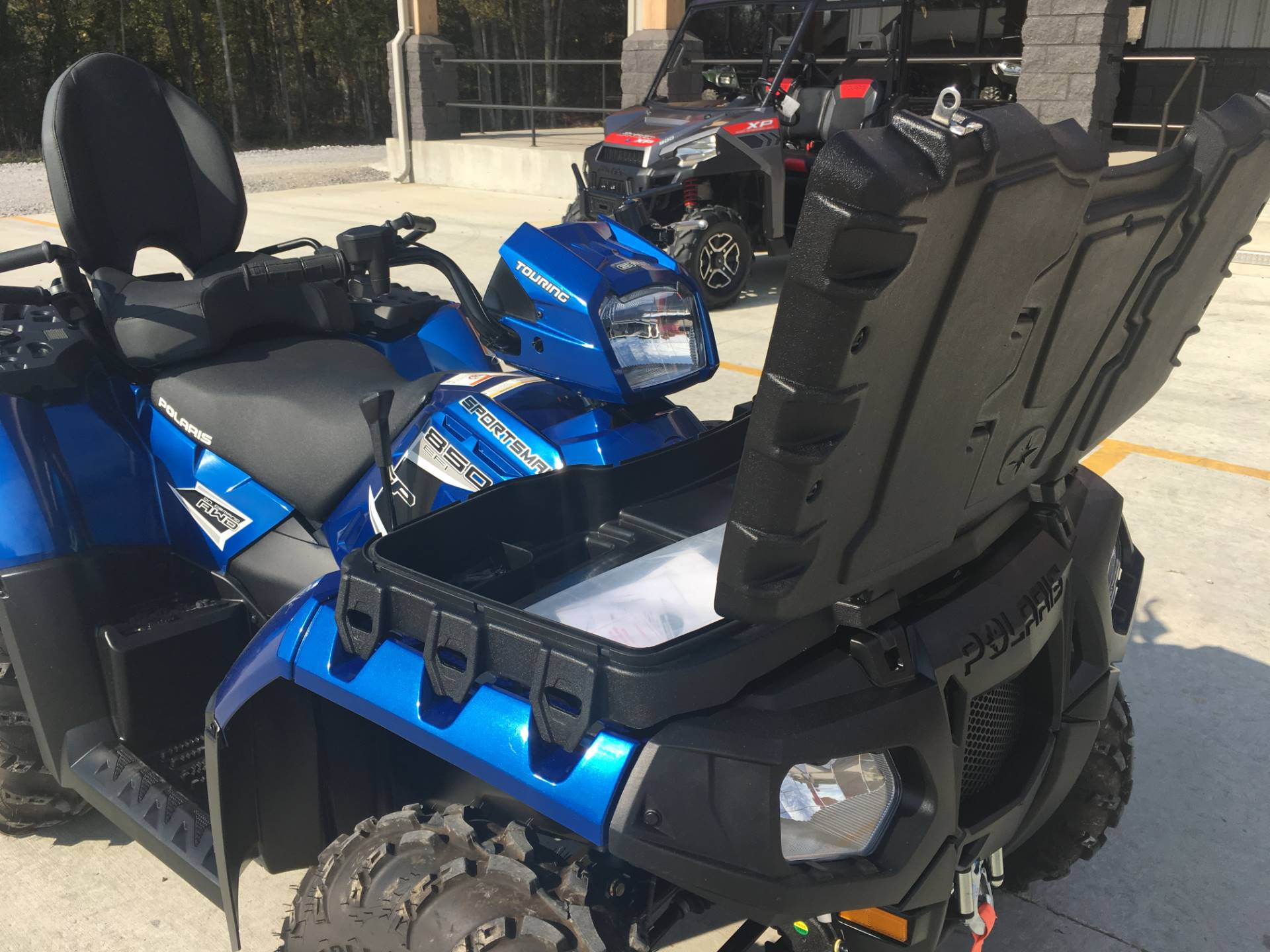 2015 Polaris Sportsman® Touring 850 SP in Leland, Mississippi