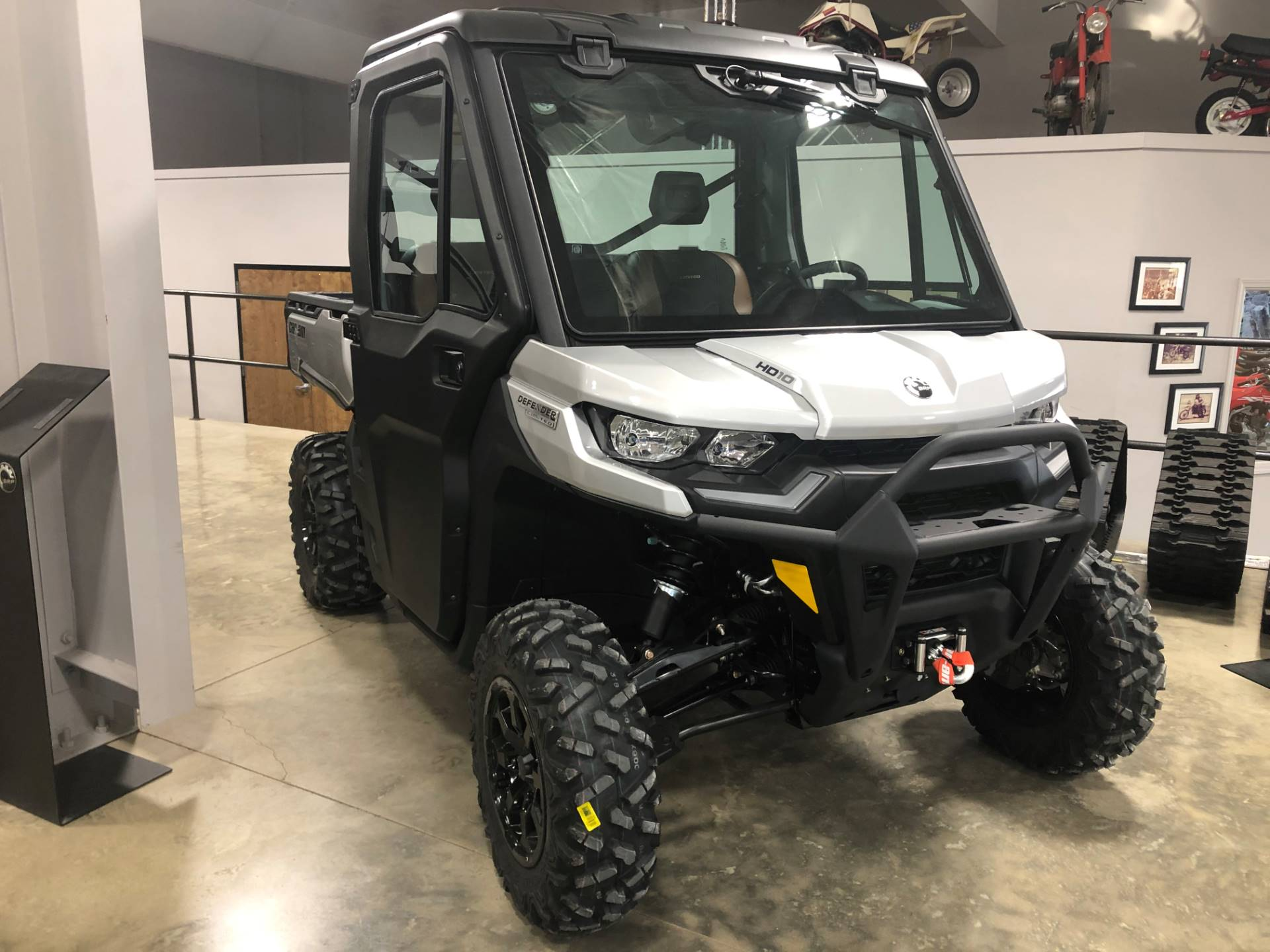 2021 Can-Am Defender Limited HD10 in Leland, Mississippi - Photo 2