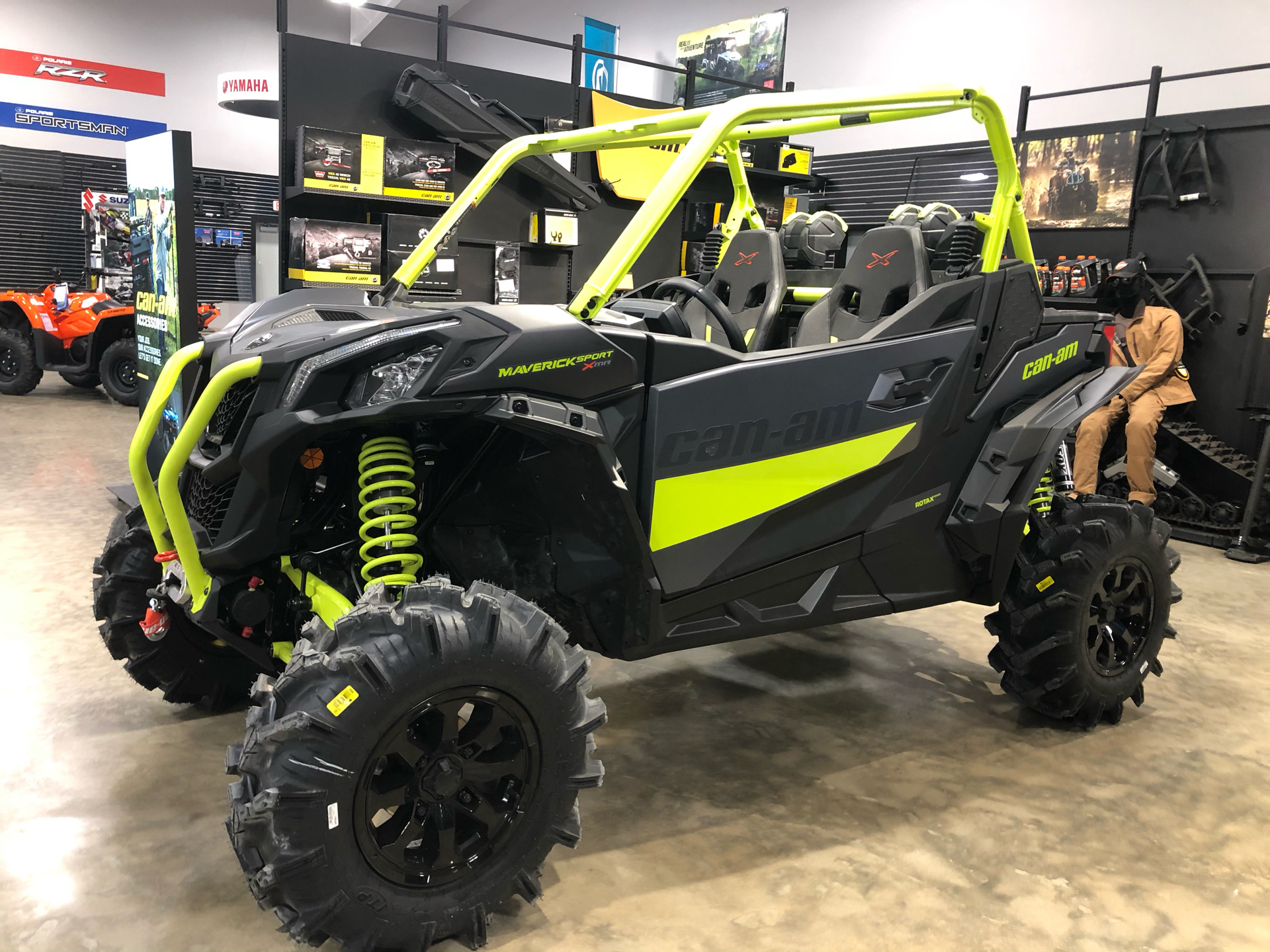 2021 Can-Am Maverick Sport X MR 1000R in Leland, Mississippi - Photo 1