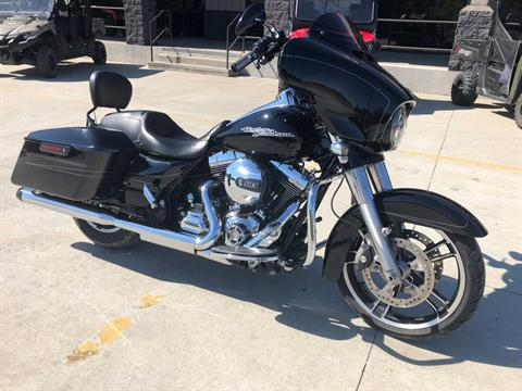 2015 Harley-Davidson Street Glide® in Leland, Mississippi - Photo 1