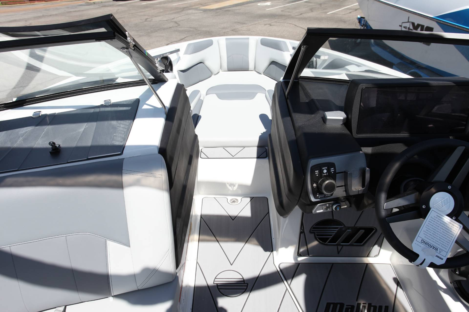 2019 Malibu Wakesetter 25 LSV in Memphis, Tennessee - Photo 14