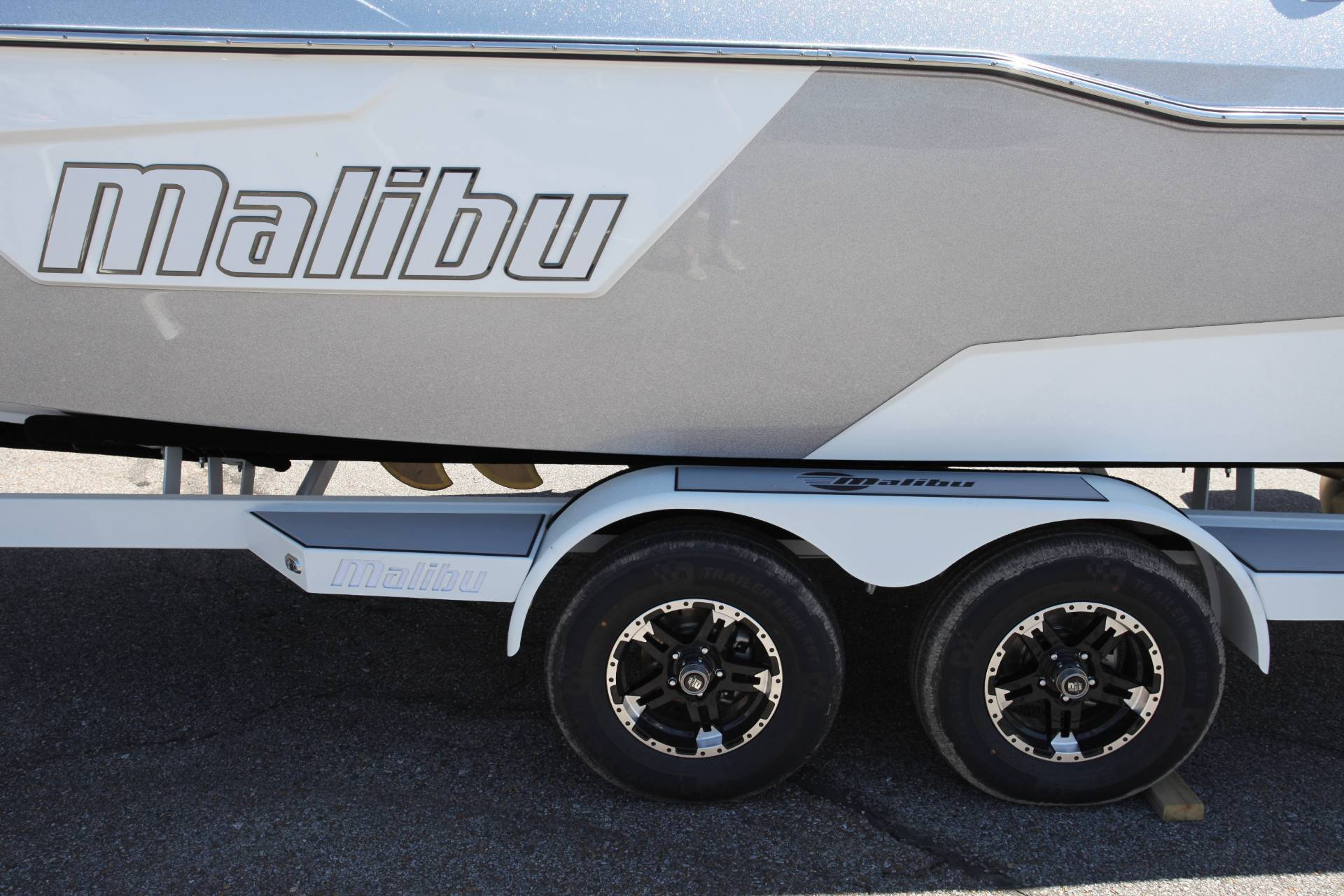 2019 Malibu Wakesetter 25 LSV in Memphis, Tennessee - Photo 2