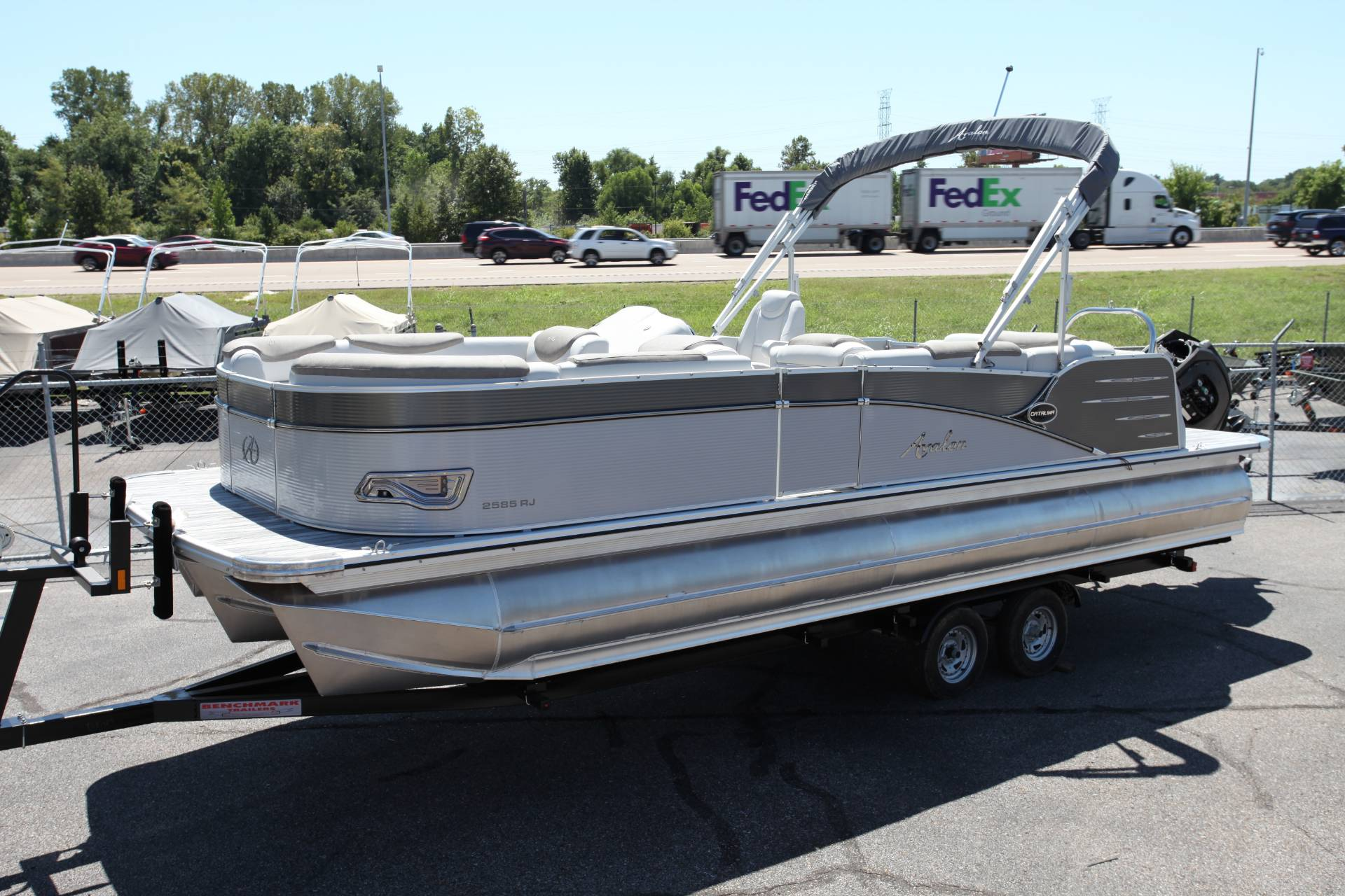 2019 Avalon Catalina Rear J Lounge - 25' in Memphis, Tennessee - Photo 1