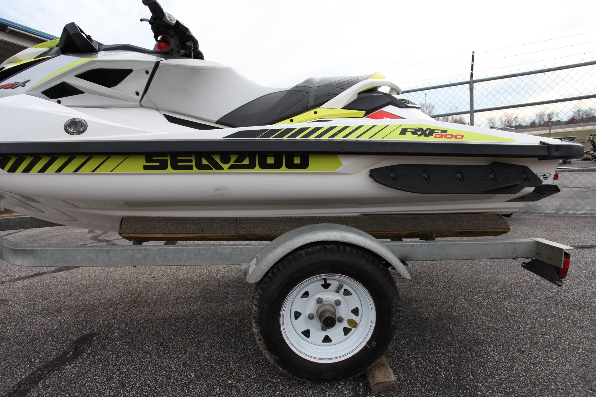 2017 Sea-Doo RXP-X 300 in Memphis, Tennessee - Photo 6
