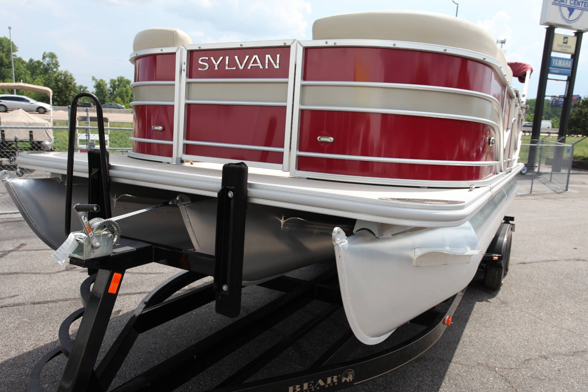 2017 Sylvan Mirage Cruise 8524 Entertainer LE in Memphis, Tennessee