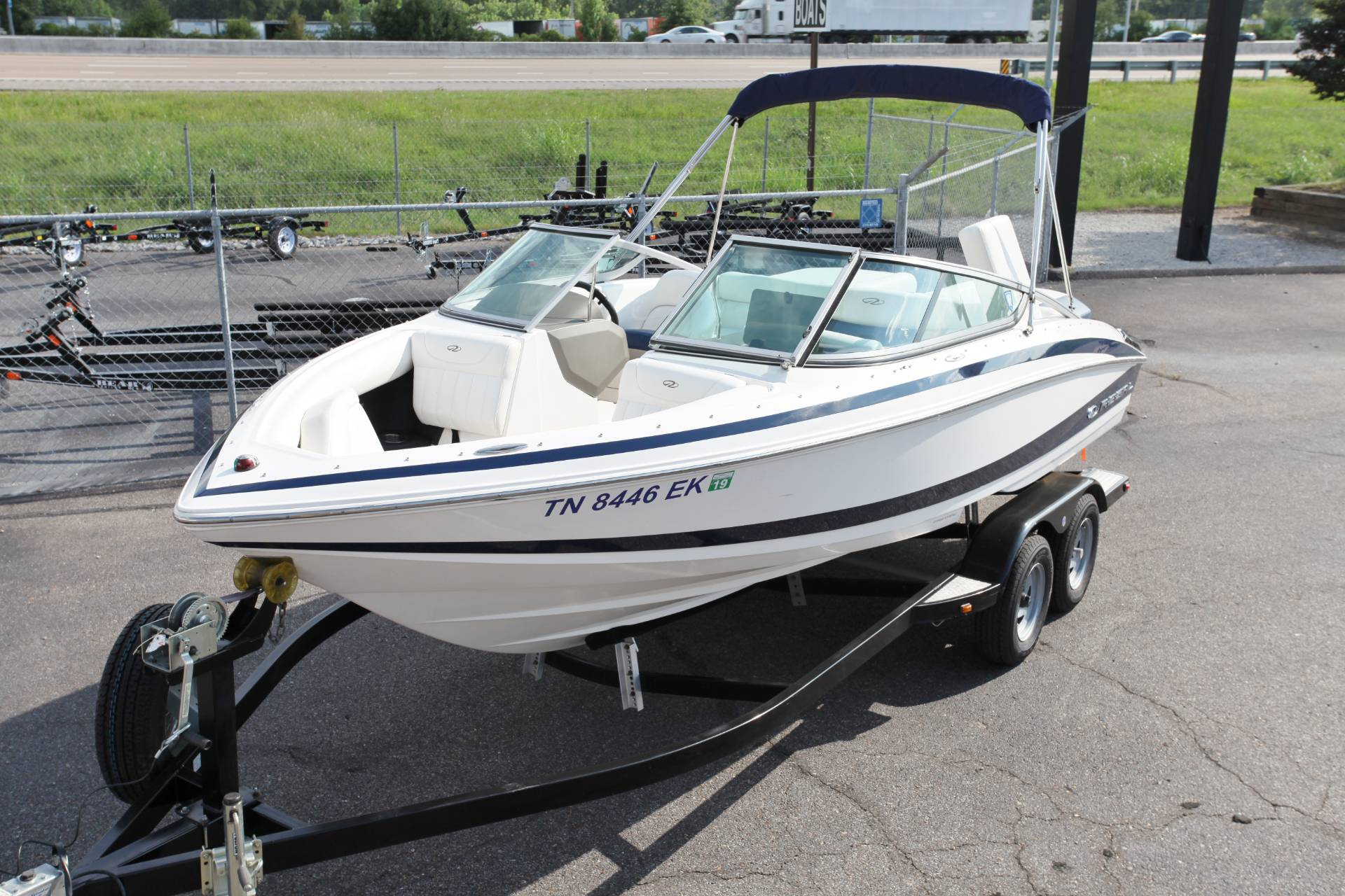 2011 Regal 2100 Bowrider in Memphis, Tennessee