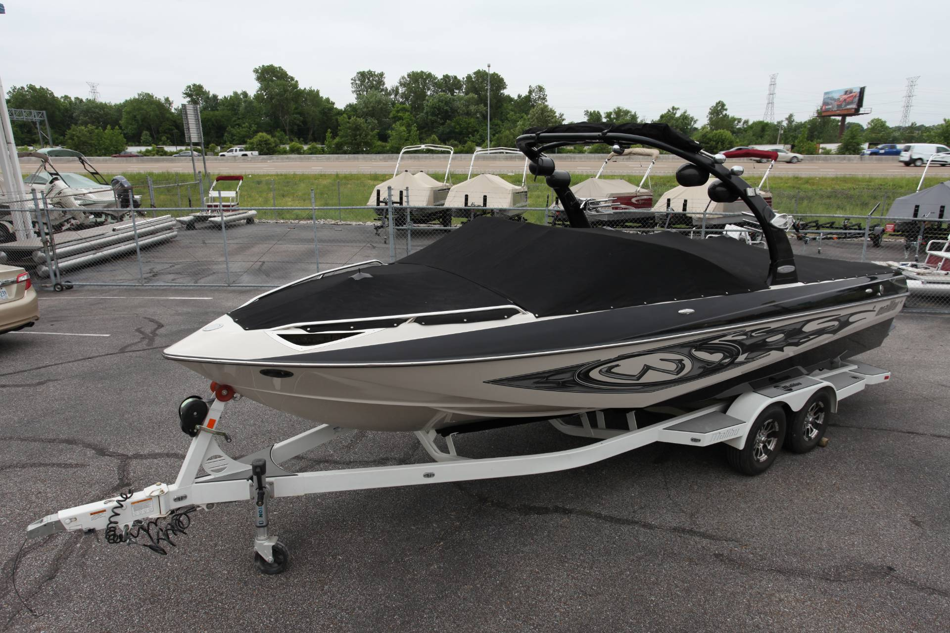 2007 Malibu Wakesetter 247 LSV in Memphis, Tennessee - Photo 2