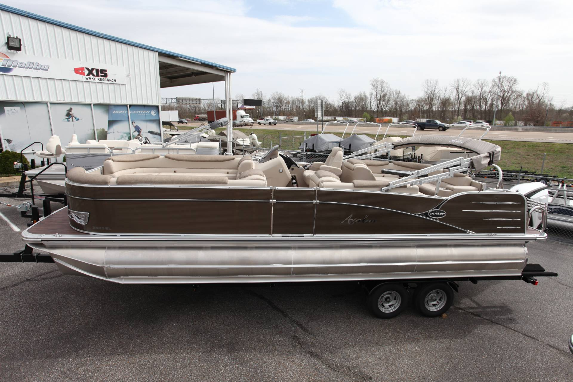 2019 Avalon CAT 2585 Elite in Memphis, Tennessee - Photo 4