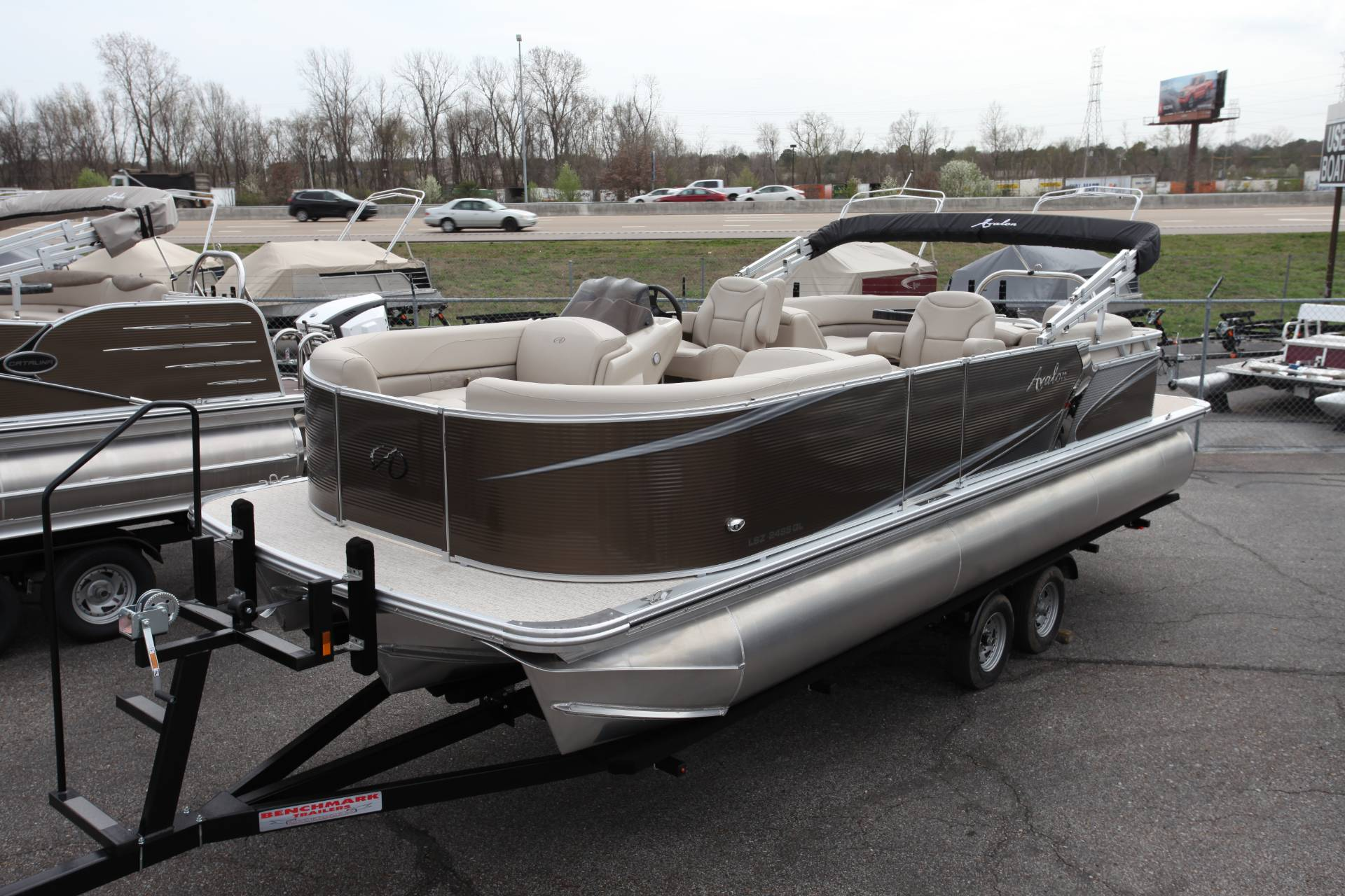 2019 Avalon CAT 2585 Elite in Memphis, Tennessee - Photo 3