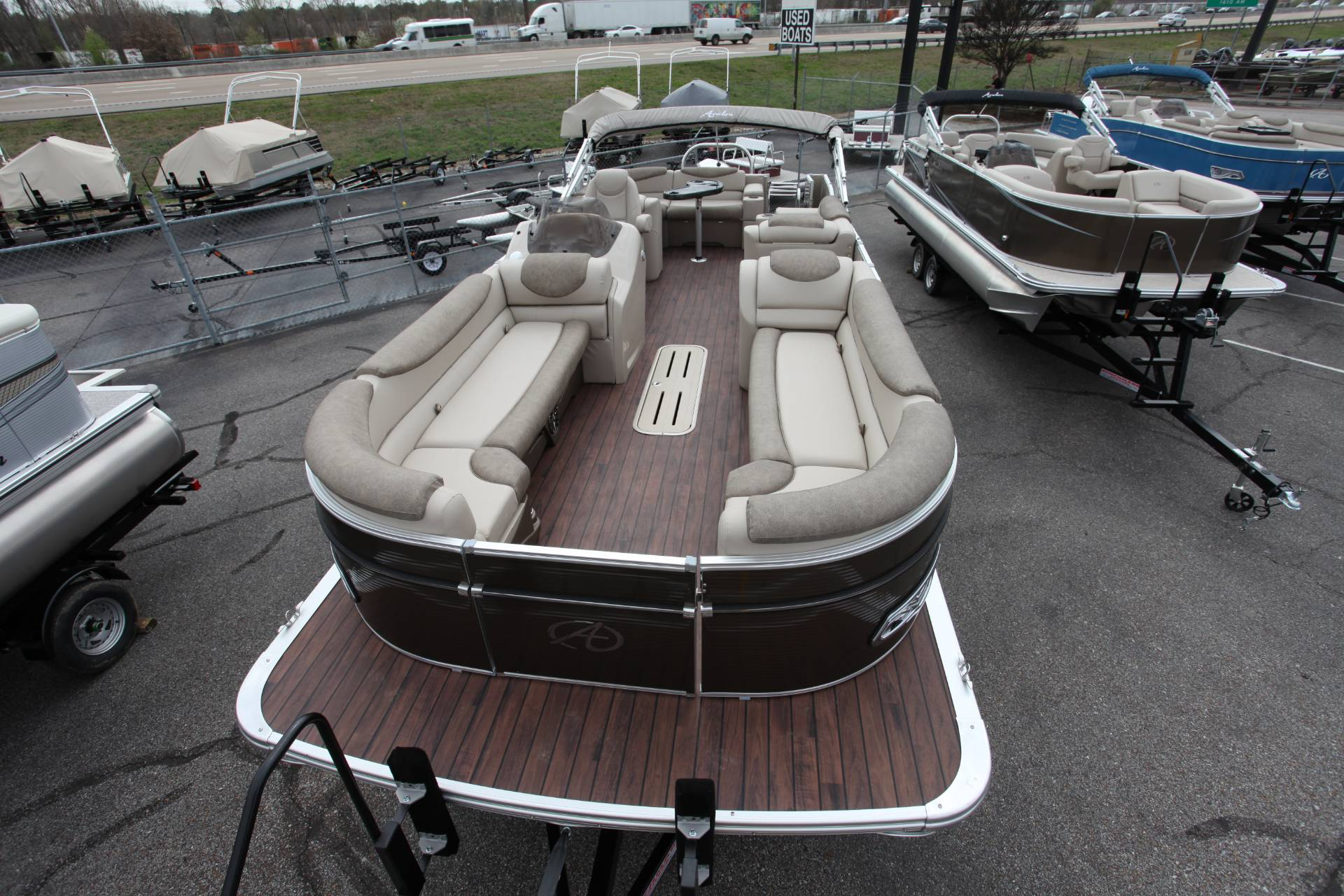 2019 Avalon CAT 2585 Elite in Memphis, Tennessee - Photo 8