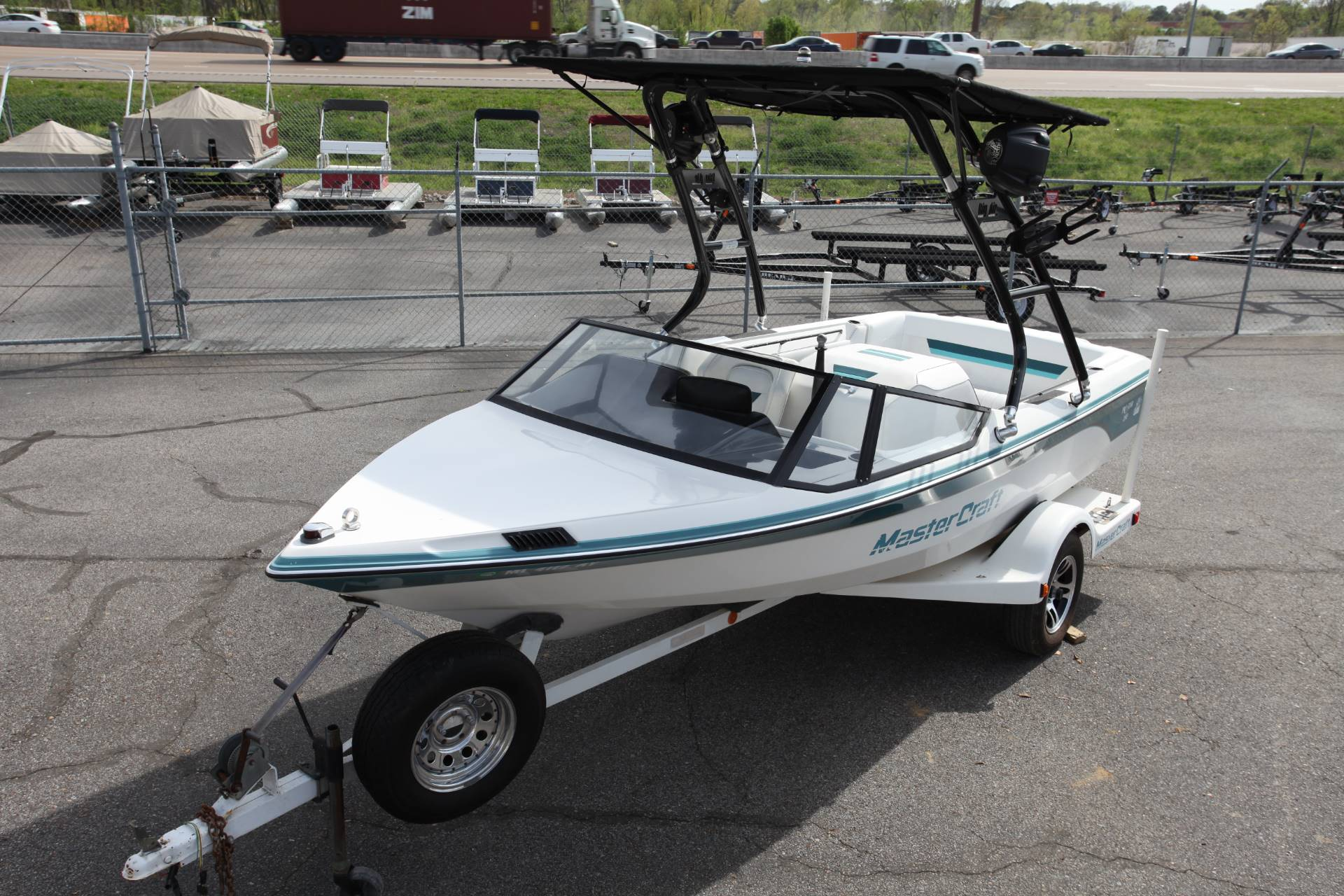 1988 Mastercraft PROSTAR 190 in Memphis, Tennessee - Photo 4