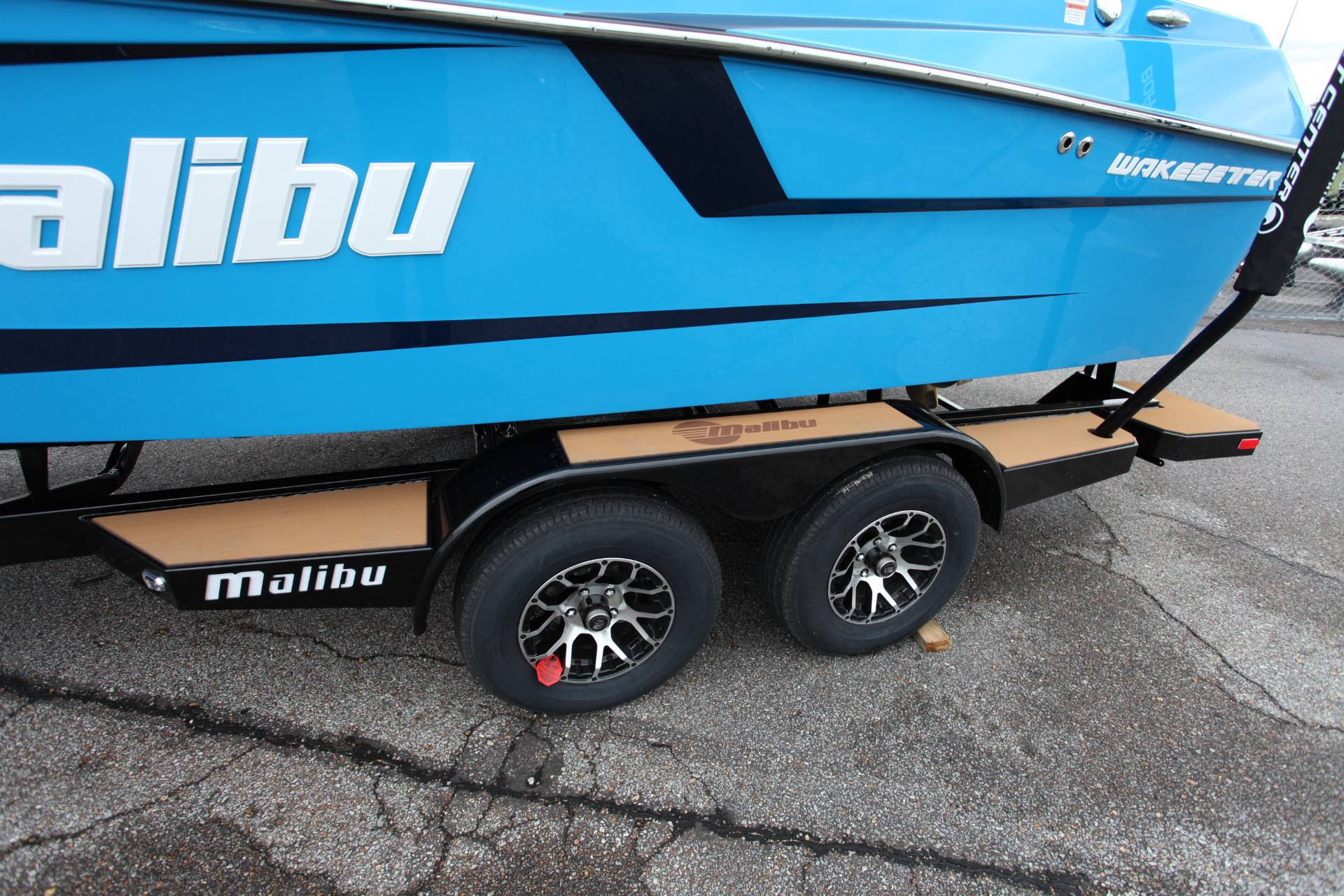 2020 Malibu Wakesetter 23 MXZ in Memphis, Tennessee - Photo 9