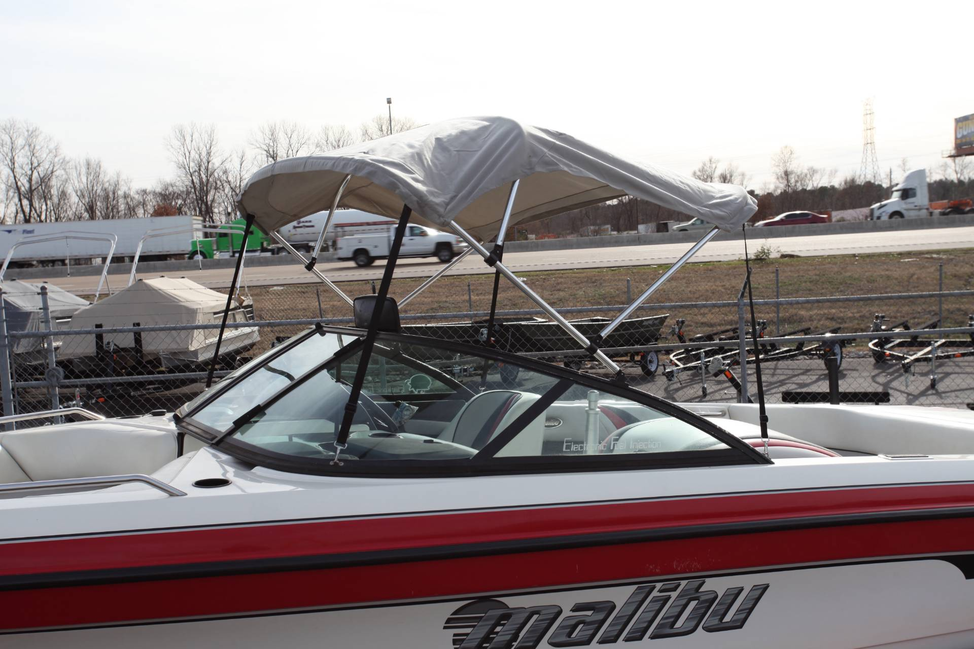 2001 Malibu Sunsetter LXi in Memphis, Tennessee - Photo 3
