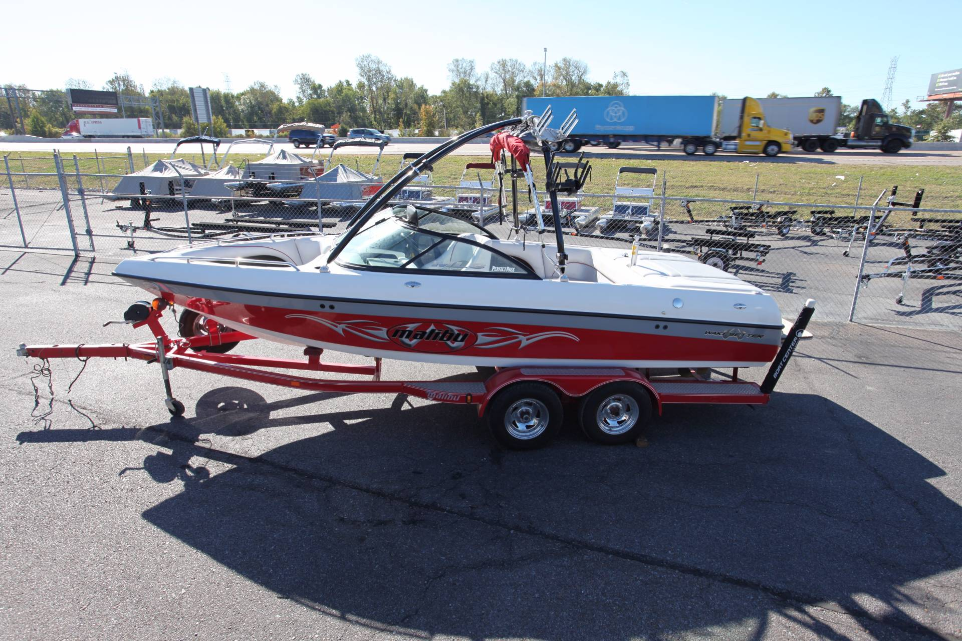 2002 Malibu Wakesetter VLX in Memphis, Tennessee