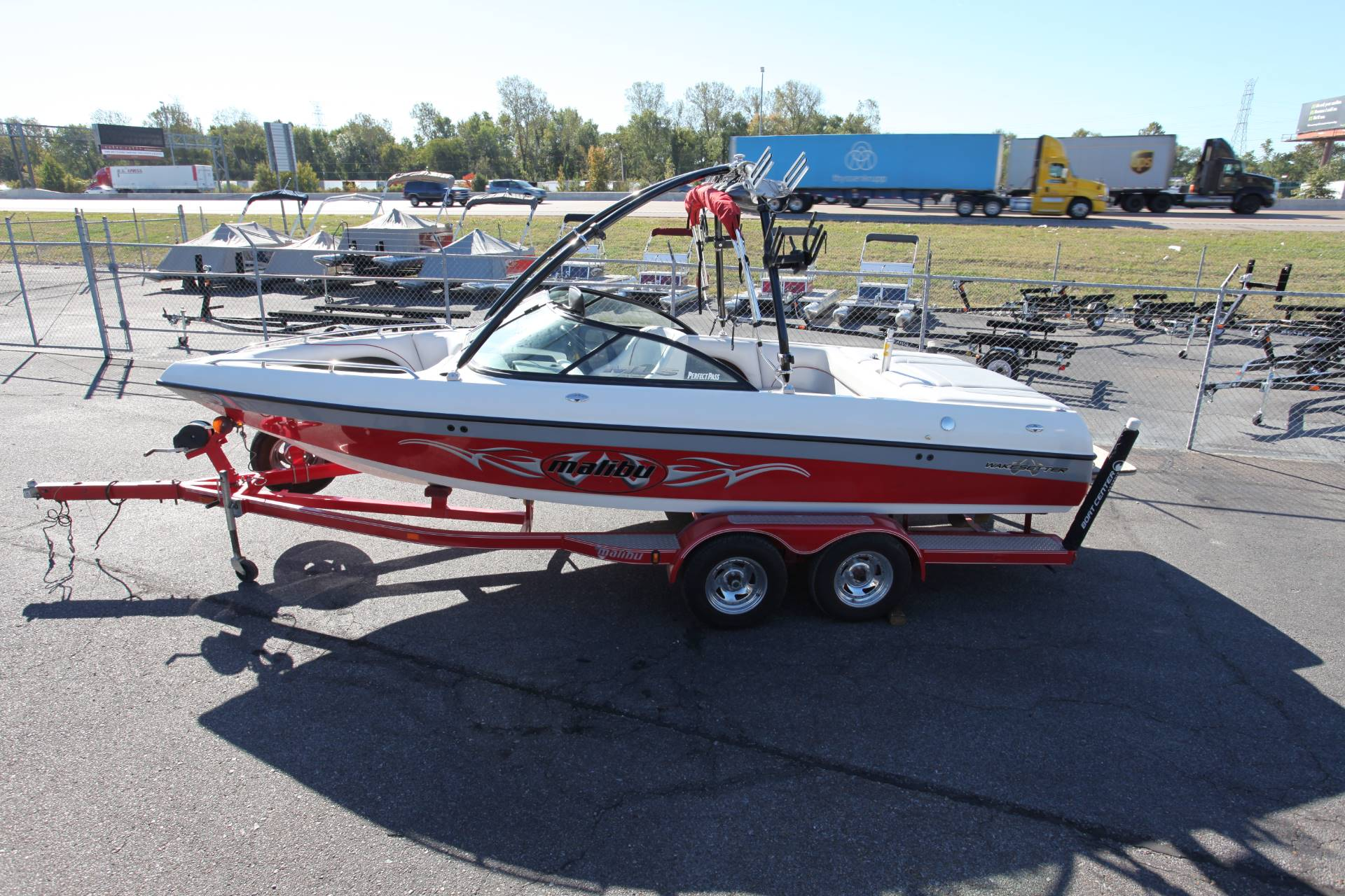 2002 Malibu Wakesetter VLX in Memphis, Tennessee - Photo 2