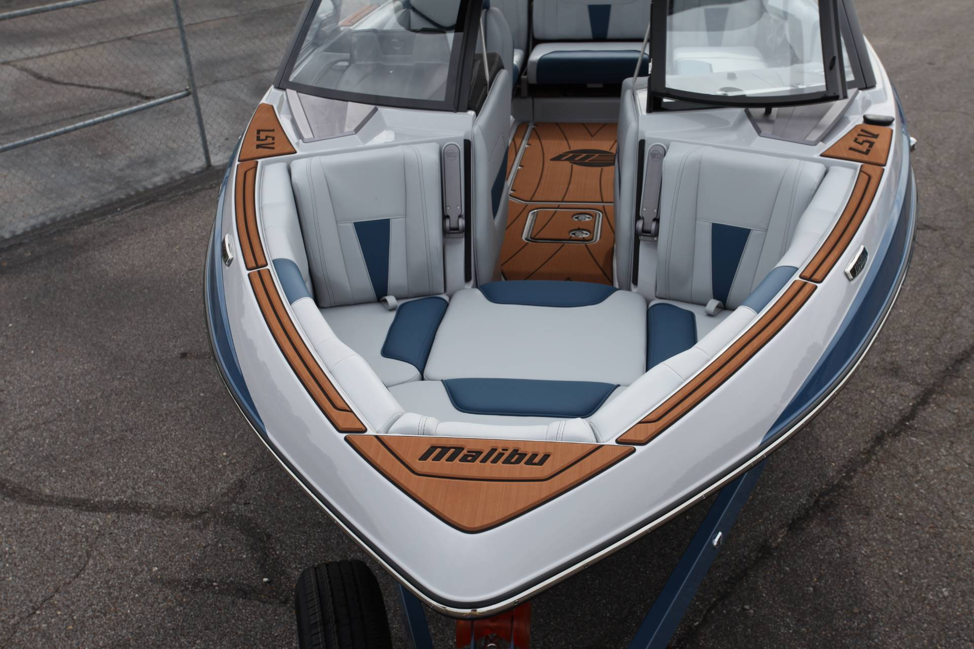 2021 Malibu 23LSV in Memphis, Tennessee - Photo 4