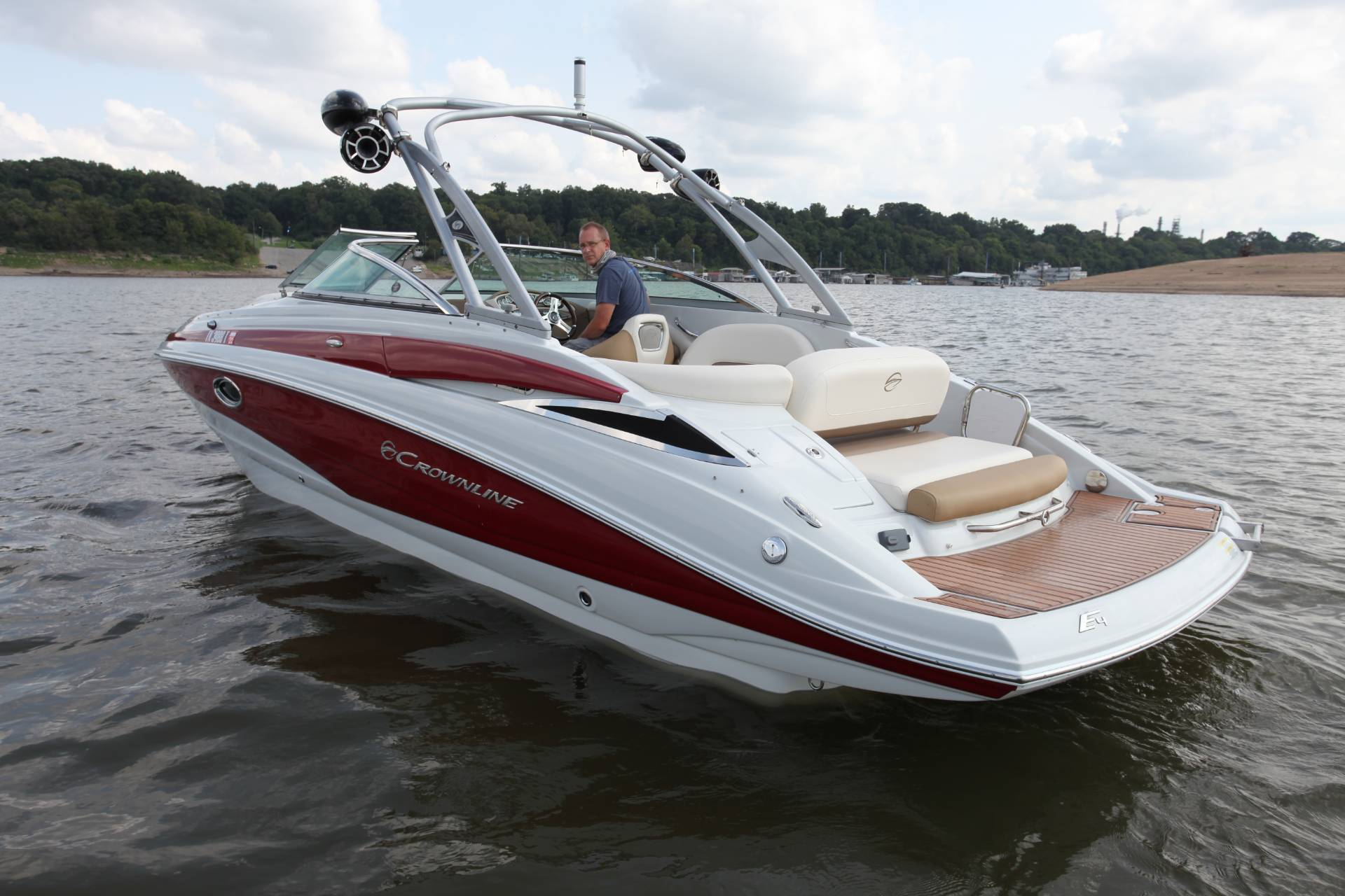 2015 Crownline Eclipse E4 in Memphis, Tennessee - Photo 2