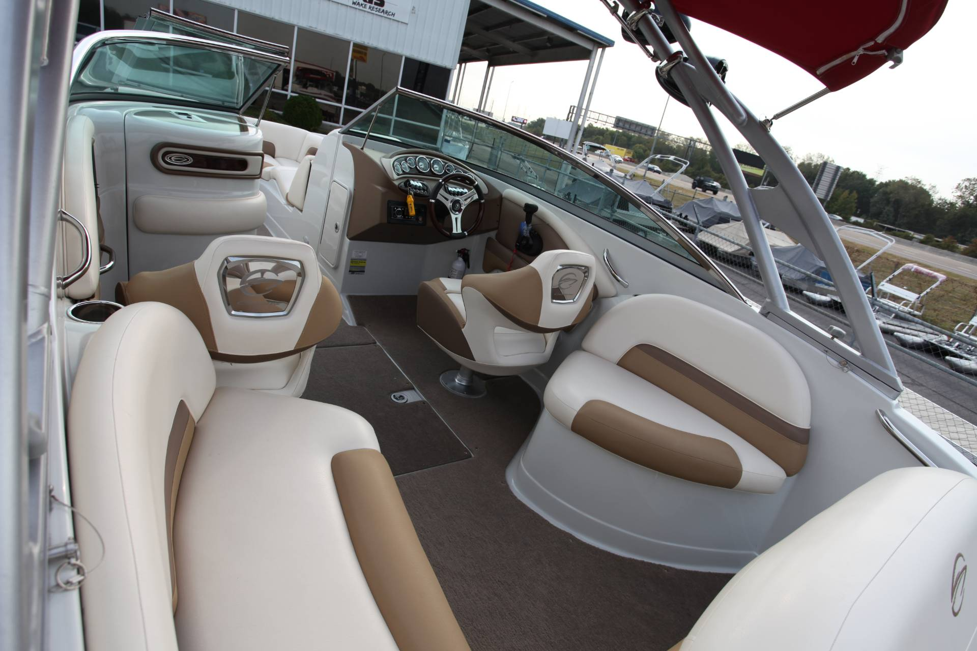 2015 Crownline Eclipse E4 in Memphis, Tennessee - Photo 12