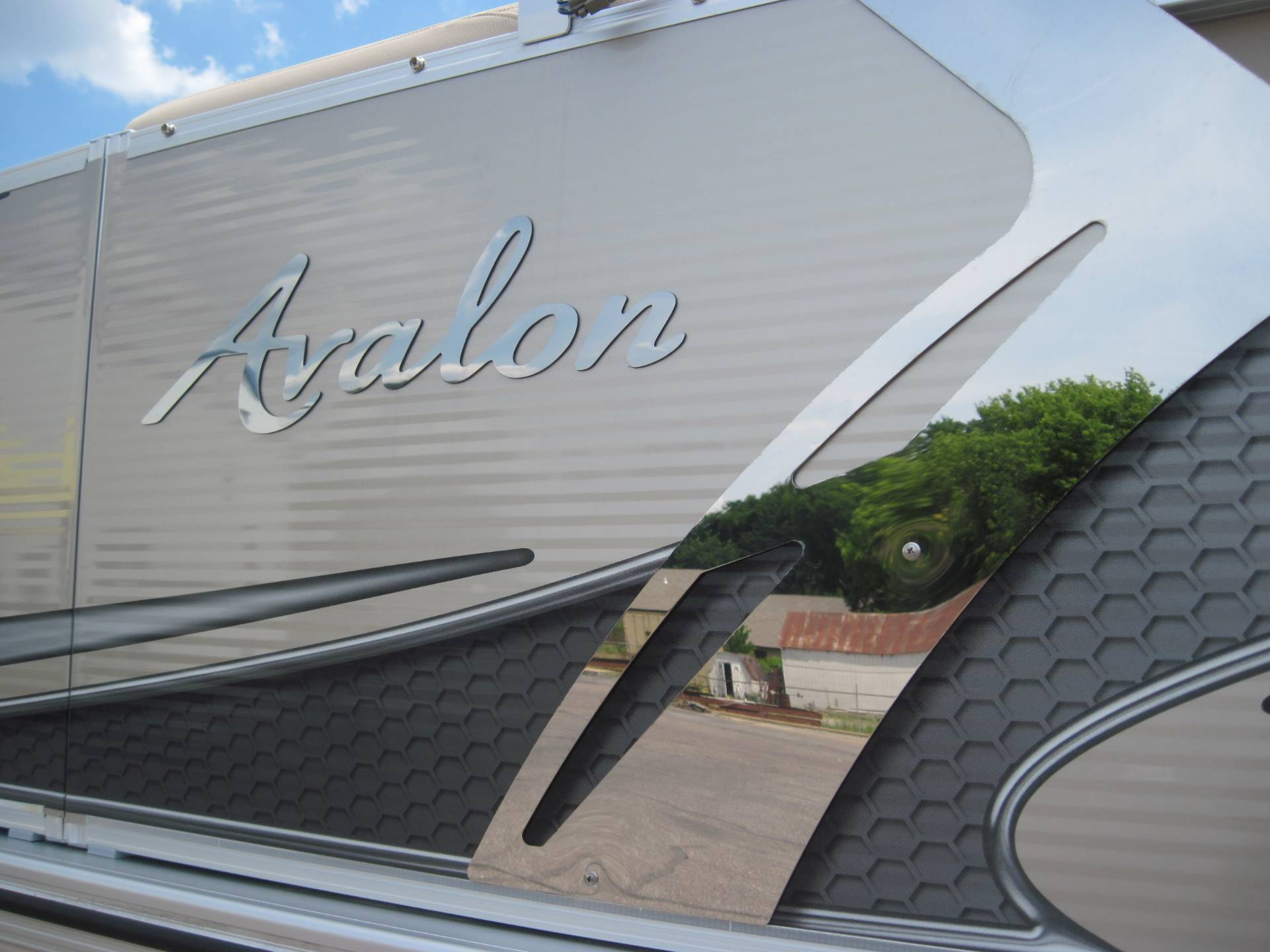 2018 Avalon LSZ 2085 Cruise 2 in Memphis, Tennessee