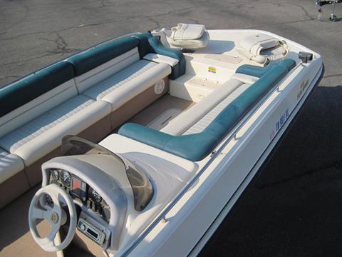 1997 Manta Ray 215 Fun Sport in Memphis, Tennessee - Photo 2