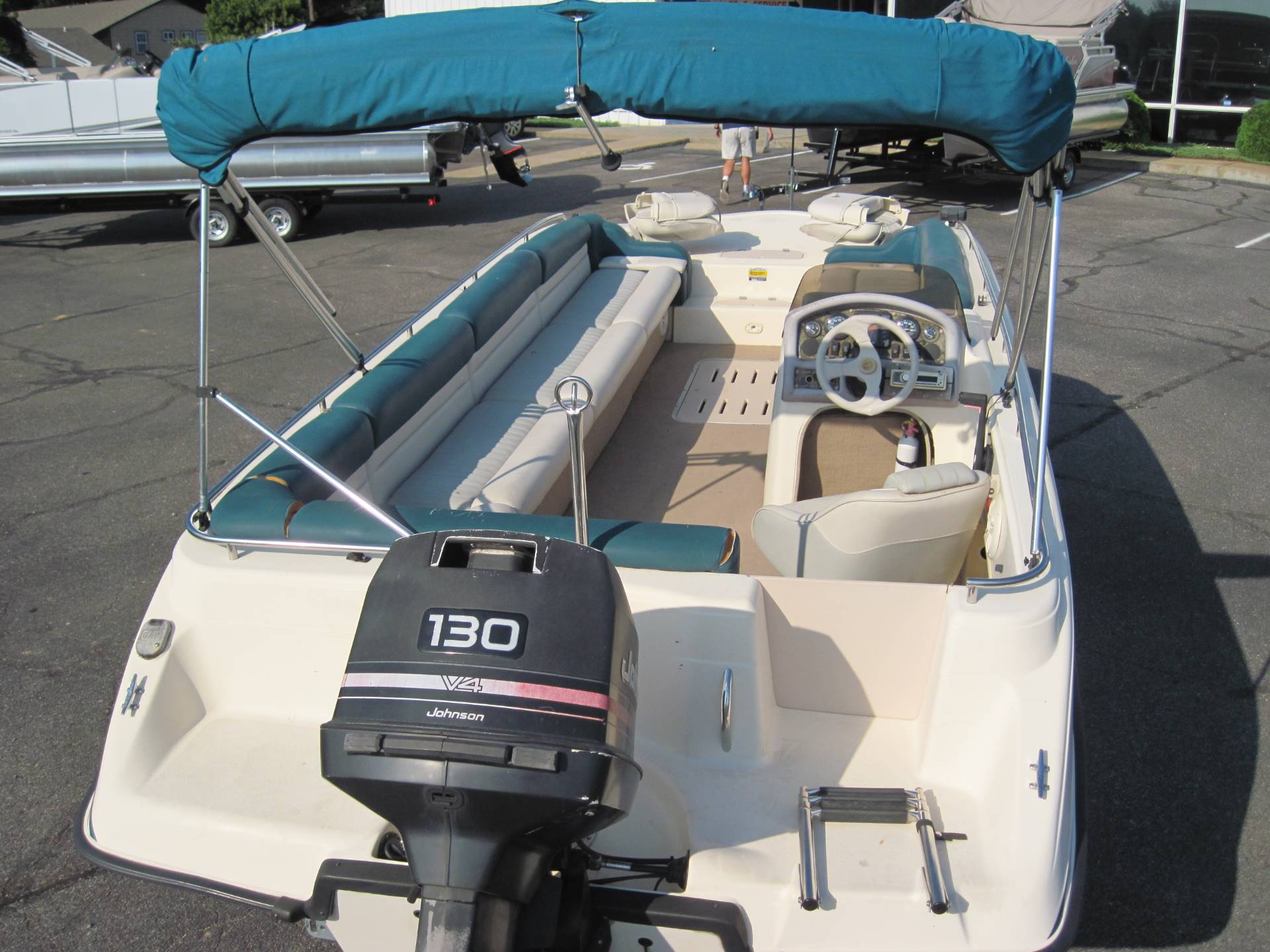1997 Manta Ray 215 Fun Sport in Memphis, Tennessee - Photo 3