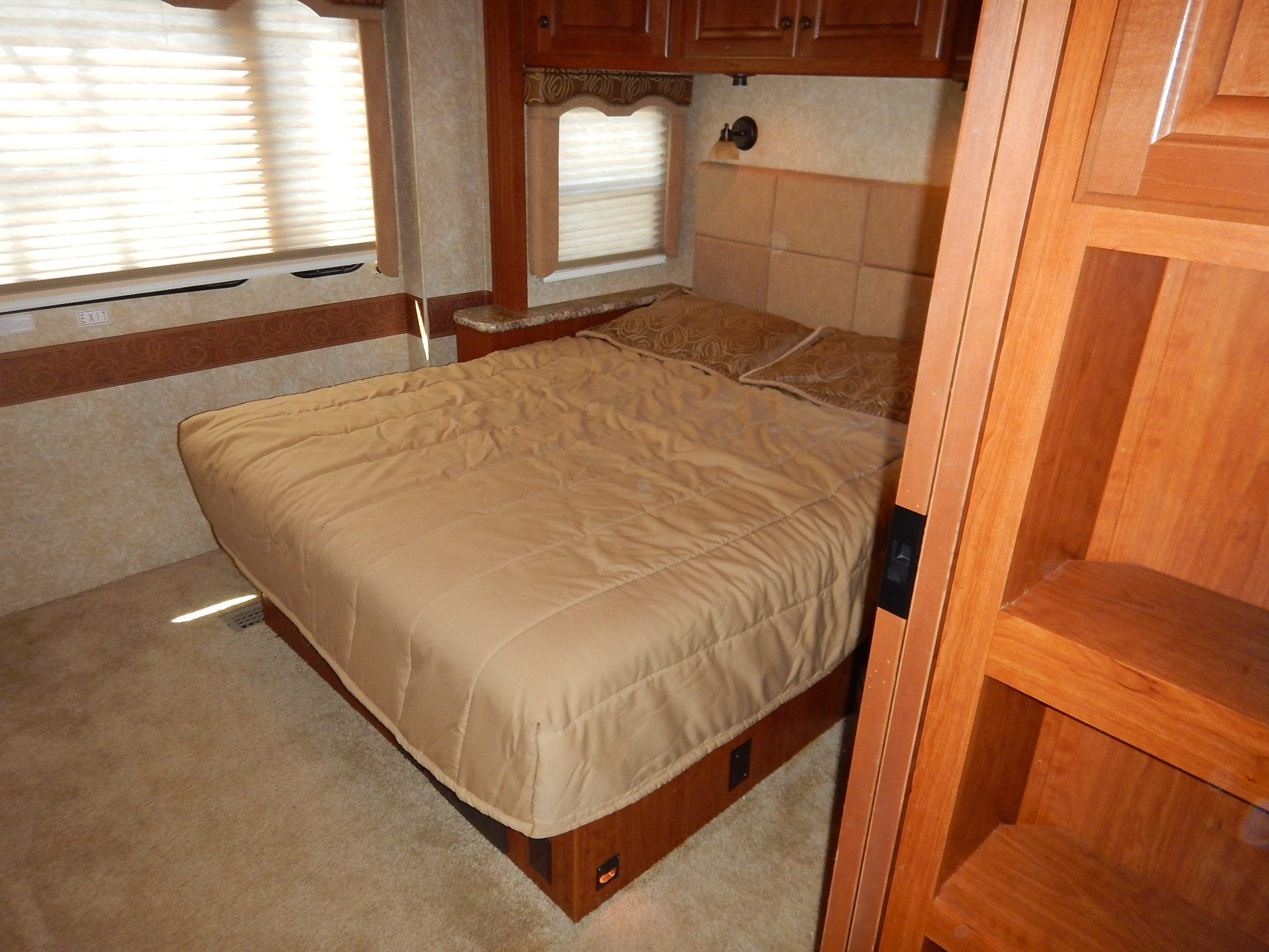 2009 Thor Motor Coach Four Winds 34B in Memphis, Tennessee