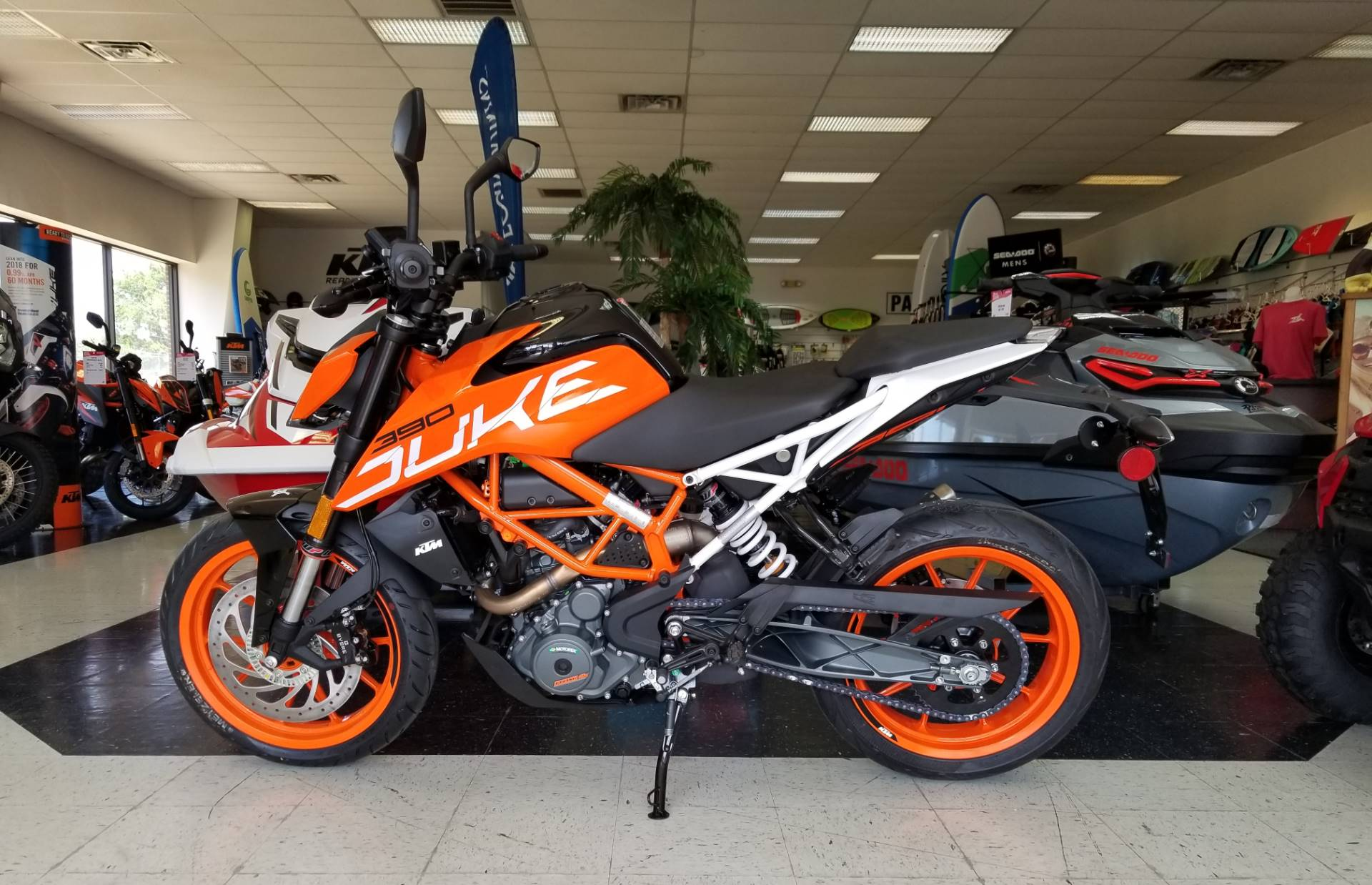 2018 KTM 390 Duke in Afton, Oklahoma
