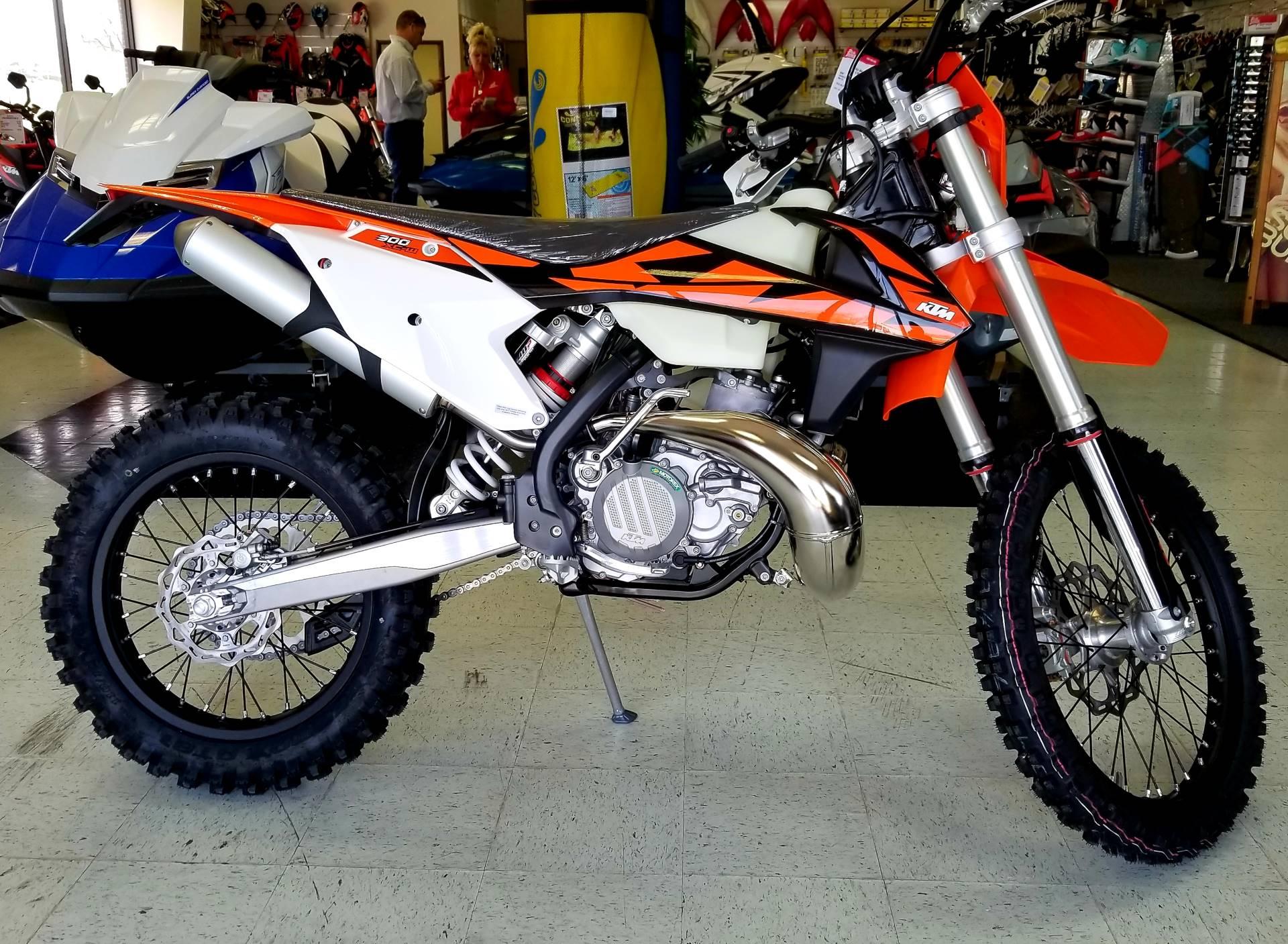 2018 ktm 300 xc w motorcycles afton oklahoma ktm313995 2018 ktm 300 xc w in afton oklahoma ccuart Image collections