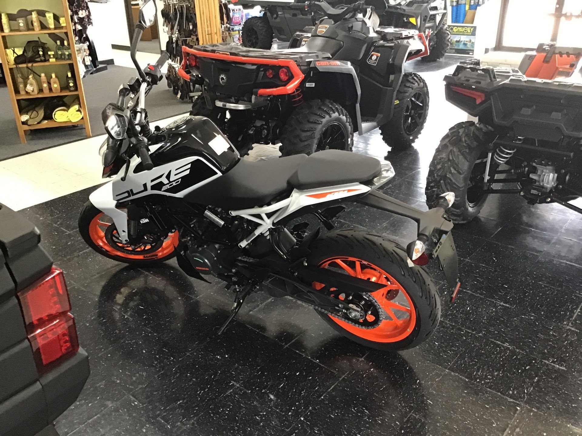 2020 KTM 200 Duke in Afton, Oklahoma - Photo 3