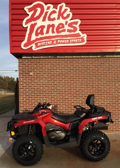 2018 Can-Am Outlander MAX XT 650 in Afton, Oklahoma