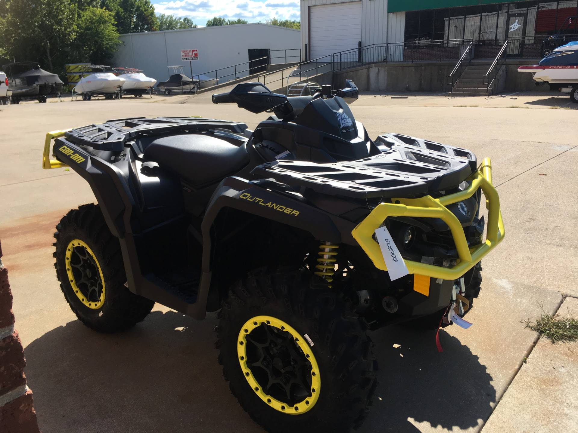 2019 Can-Am Outlander XT-P 850 in Afton, Oklahoma - Photo 3