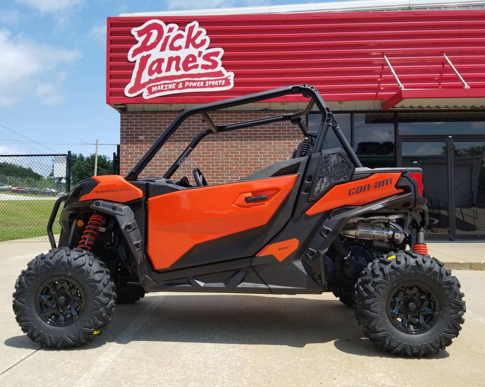 2019 Can-Am Maverick Sport DPS 1000R in Afton, Oklahoma - Photo 1
