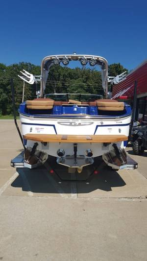 2017 Mastercraft X23 SURF EDITION in Afton, Oklahoma