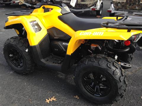 2017 Can-Am Outlander XT 570 in Goldsboro, North Carolina