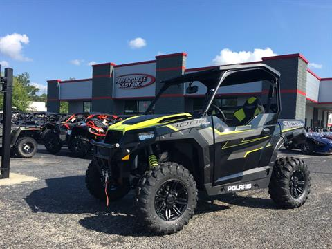 2017 Polaris General 1000 EPS SE in Goldsboro, North Carolina