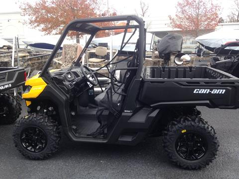2017 Can-Am Defender DPS HD10 in Goldsboro, North Carolina