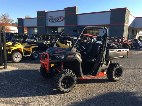 2018 Can-Am Defender XT-P in Goldsboro, North Carolina