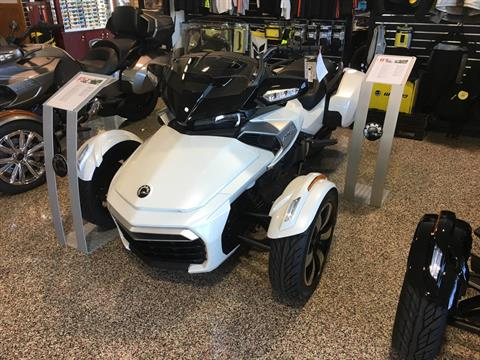 2017 Can-Am Spyder F3-T SE6 in ,