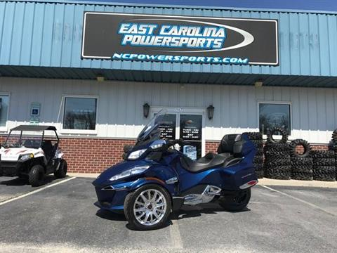 2017 Can-Am Spyder RT Limited in Greenville, North Carolina