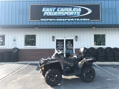 2017 Can-Am Outlander MAX XT 650 in Greenville, North Carolina