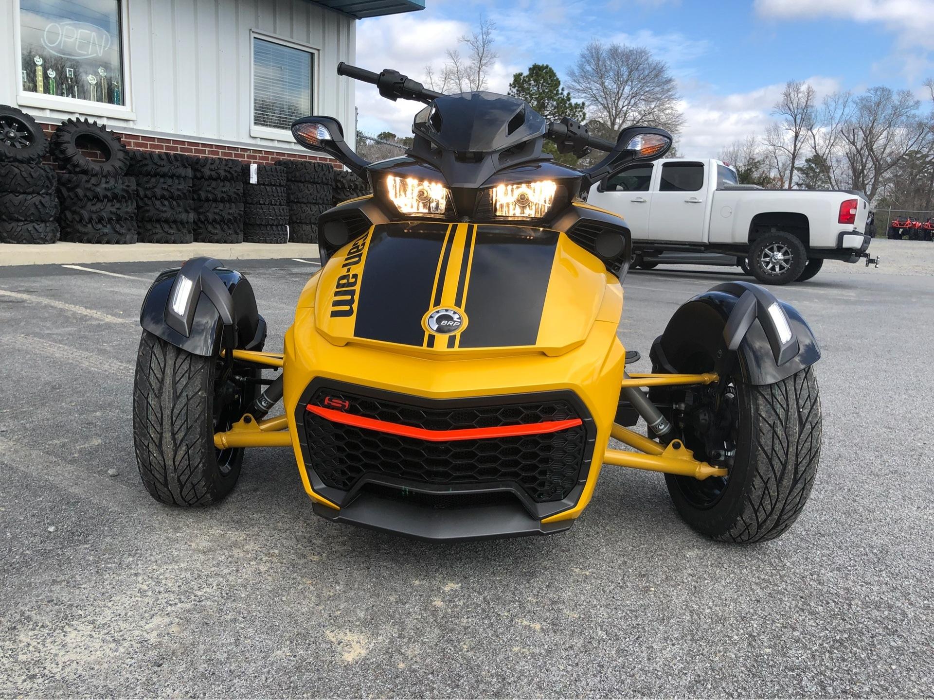 2017 Can-Am™ Spyder F3-S Daytona 500 SE6 2
