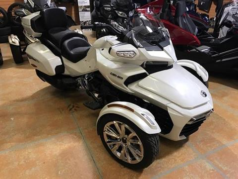 2017 Can-Am Spyder F3 Limited in Greenville, North Carolina