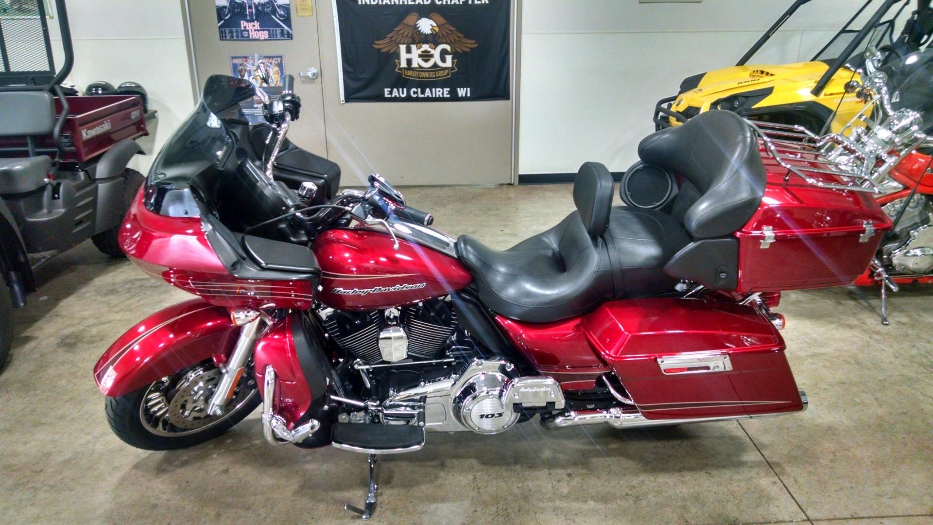 2012 Harley-Davidson Road Glide® Ultra in Chippewa Falls, Wisconsin